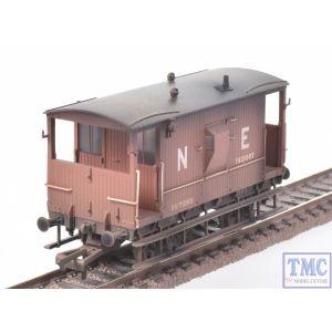 R6923 Hornby OO Gauge LNER Dia.064 Toad E Brake Van 162007 (Era 3) Weathered by TMC