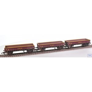 R6928 Hornby OO Gauge MHA Coalfish Ballast wagon Three Pack EWS Era 9