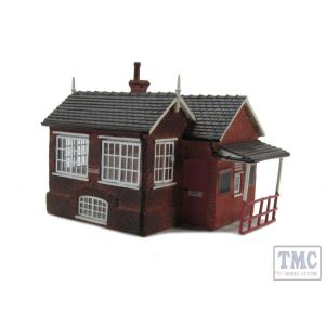 R9736 Hornby Skaledale OO/HO Gauge North Eastern Railway Signal Box & Booking Office (Goathland NYMR)(Pre-owned)