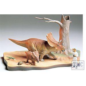 60101 Tamiya 1/16 Scale Military Chasmosaurus Diorama