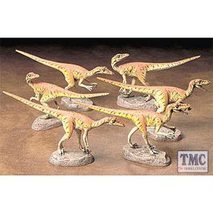 60105 Tamiya 1/16 Scale Military Velociraptors