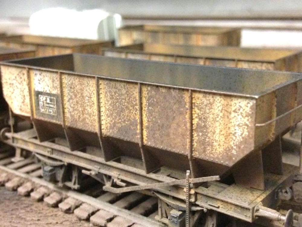 Deluxe Weathered Hornby Hopper Wagon